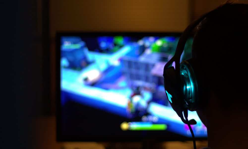 microsoft-quietly-removes-xbox-live-gold-from-its-online-services