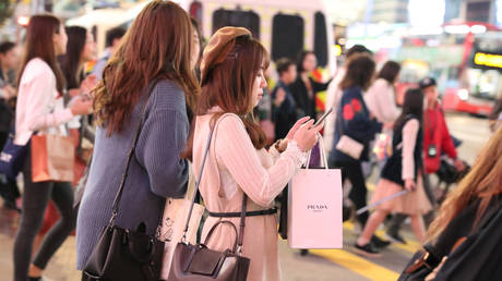 chinese-consumer-sector-in-'reasonably-good-shape'-despite-disappointing-retail-data-–-jp-morgan