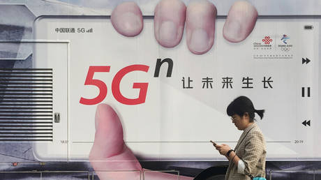 china's-5g-phone-shipments-see-'explosive-growth,'-gaining-larger-share-of-mobile-phone-market