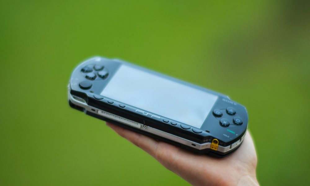 psp-owners-report-swelling-lithium-batteries,-check-yours
