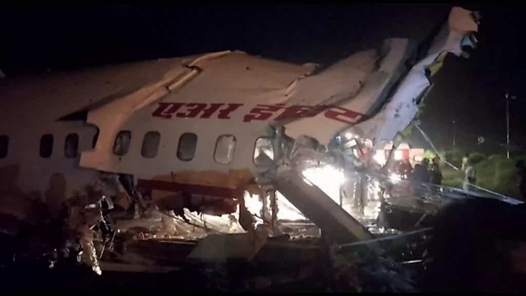 kerala-plane-crash:-16-dead-after-air-india-plane-breaks-in-two-at-calicut