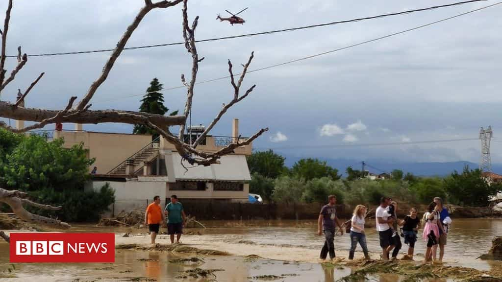 greece-floods:-at-least-five-killed-after-evia-island-storms