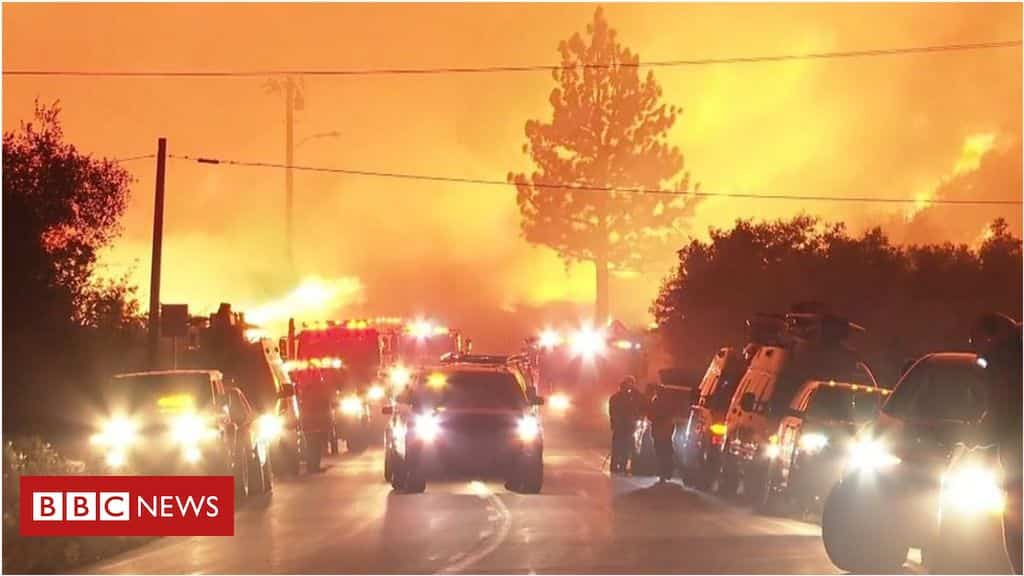 'firenado'-rages-through-angeles-national-forest