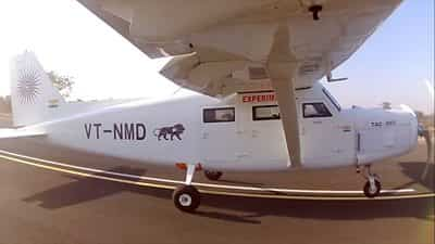 plane-built-on-mumbai-rooftop-takes-to-the-skies