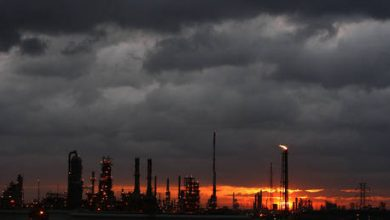 Photo of Gulf Coast refineries restart after hurricane scare