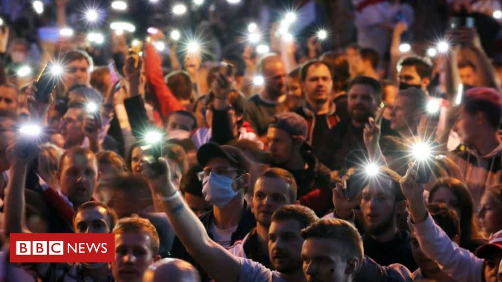 belarus:-journalists-covering-protests-stripped-of-accreditation