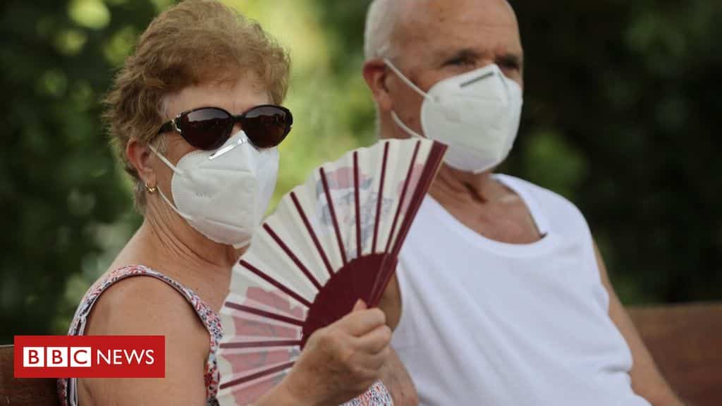 in-pictures:-europe-swelters-under-near-record-temperatures