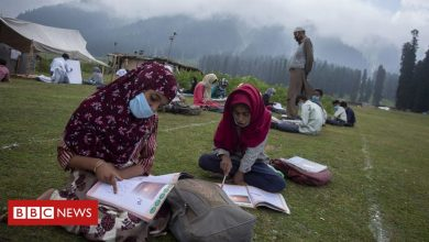 Photo of Kashmir's open-air classes offer stunning solution to lockdown