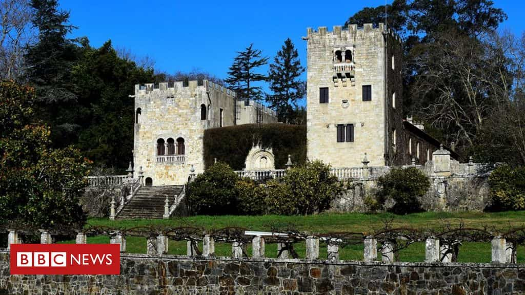 spanish-dictator-franco's-family-told-to-hand-back-summer-palace