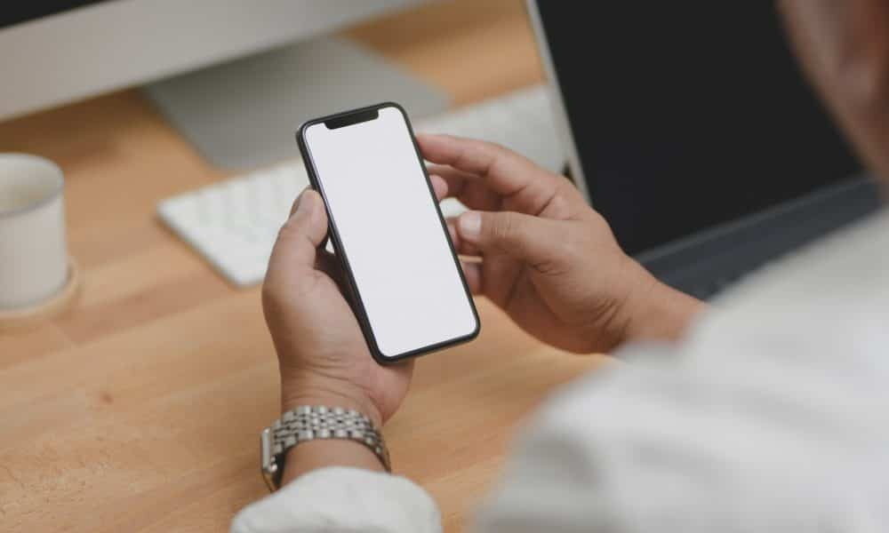 apple-delays-privacy-feature-bundled-with-ios-14