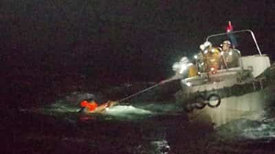 seaman-found-alive-after-capsize-of-cargo-ship-in-typhoon
