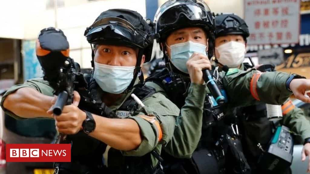 hong-kong:-protesters-clash-with-police-over-delayed-elections