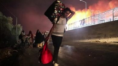 Photo of Moria migrants: Fire destroys Greece's largest camp on Lesbos