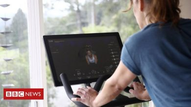 Photo of Peloton sales surge as virus boosts home workouts