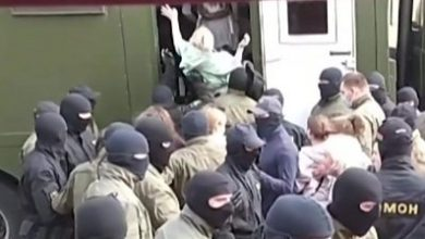 Photo of Belarus protests: Police target female protesters