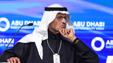 saudi-energy-minister-threatens-oil-price-gamblers-with-'ouching-like-hell'-and-market-destabilization