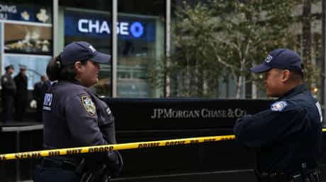 jpmorgan-&-four-other-major-banks-moving-trillions-in-dirty-money-like-the-five-crime-families-of-nyc-–-max-keiser