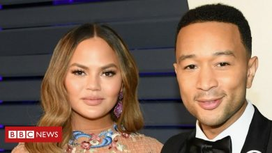 Photo of Chrissy Teigen reveals 'deep pain' of miscarriage