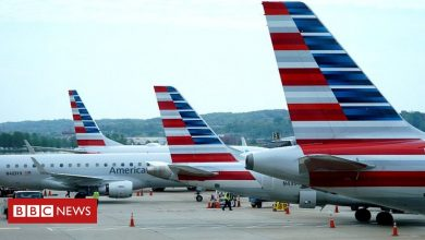 Photo of US airlines lay off thousands of staff as federal relief ends