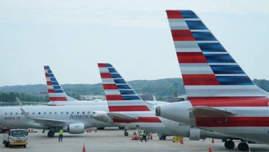 Photo of American & United axing 32,000 jobs as government cannot agree on airline bailout