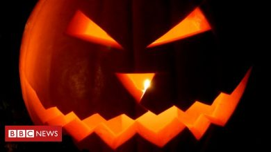 Photo of Airbnb blocks US Halloween bookings over party fears