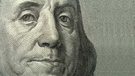 bye-bye,-benjamins!-global-de-dollarization-drive-continues,-boosting-gold-demand-to-record-highs