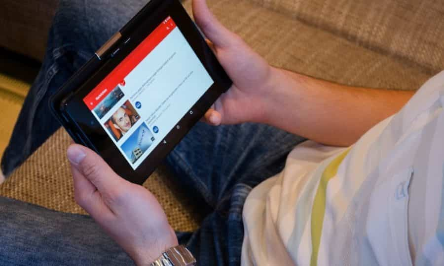 youtube-now-lets-premium-subscribers-test-new-features