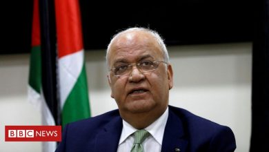 Photo of Palestinian official Erekat in Israel hospital
