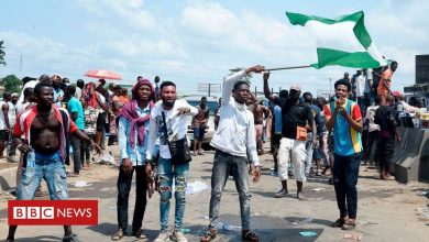 Photo of Nigeria Sars protest: Unrest in Lagos after shooting