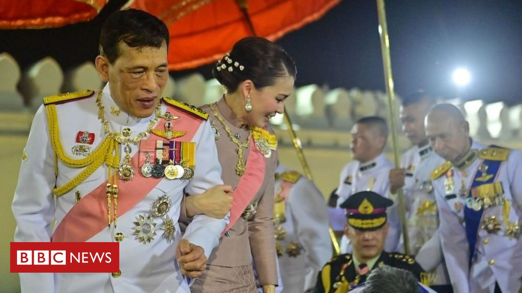 thai-king-in-rare-praise-for-pro-monarchists
