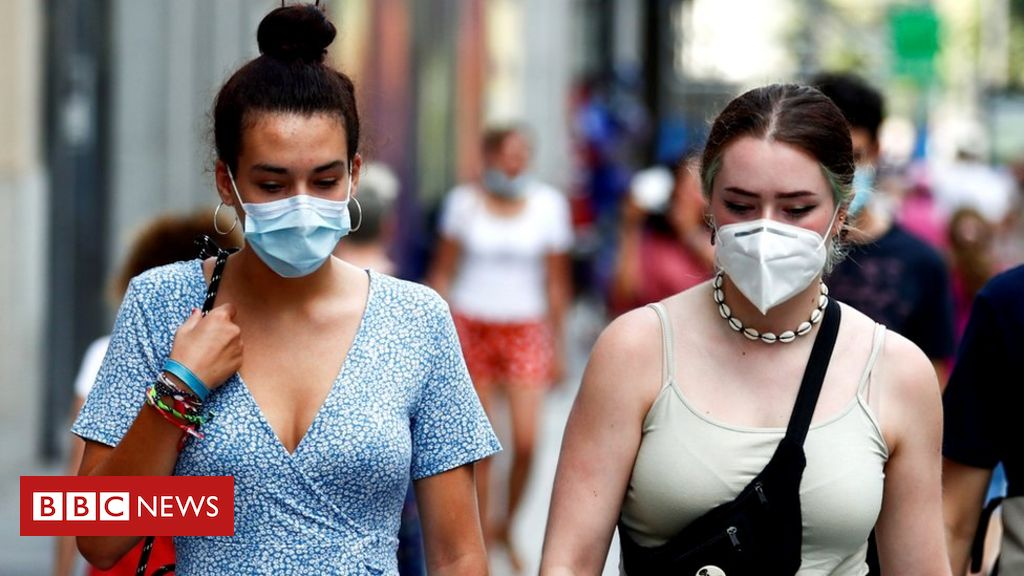 covid:-spain-imposes-national-night-time-curfew-to-curb-infections