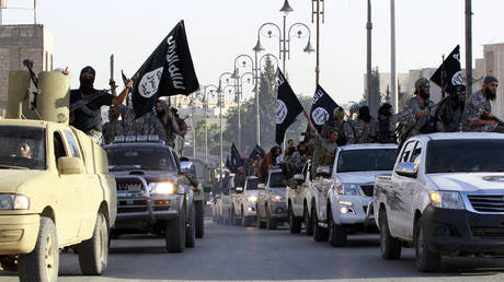 isis-calls-for-attacks-on-saudi-oil-industry