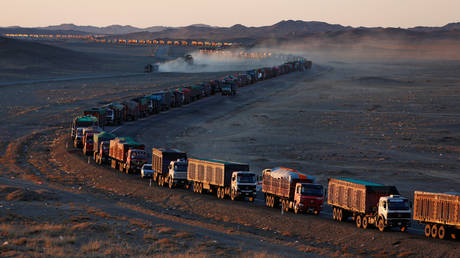 china-looks-to-mongolia-for-coking-coal-after-banning-australian-imports