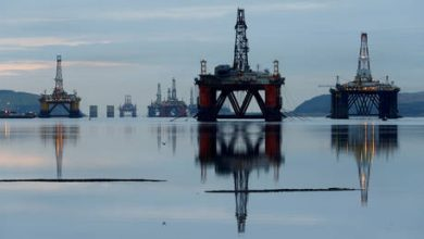 Photo of Oil prices hit 4-month low over fear new coronavirus lockdowns will crush demand