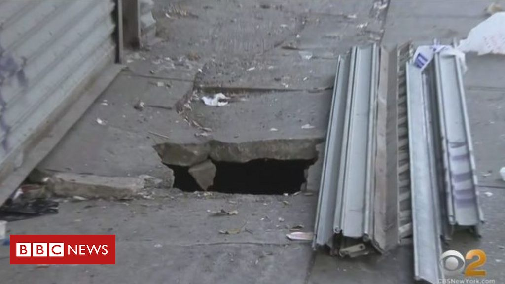new-york-sinkhole:-man's-horror-over-fall-into-rat-infested-chasm