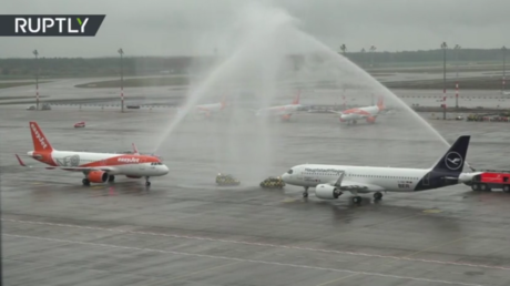 watch:-planes-complete-inaugural-landings-as-'laughing-stock'-berlin-airport-finally-takes-off