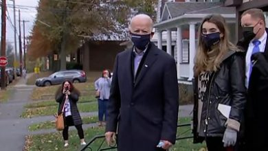 Photo of US election: Joe Biden visits childhood home in Pennsylvania, signs message on wall