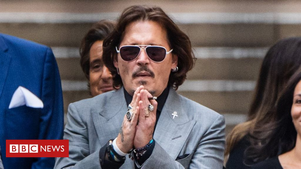 johnny-depp-leaves-fantastic-beasts-film-franchise