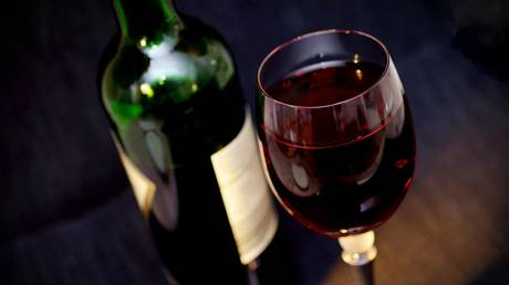 china-may-impose-sweeping-tariffs-on-australian-wine-&-ban-other-imports