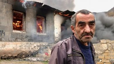 Photo of Nagorno-Karabakh: The families burning down their own homes