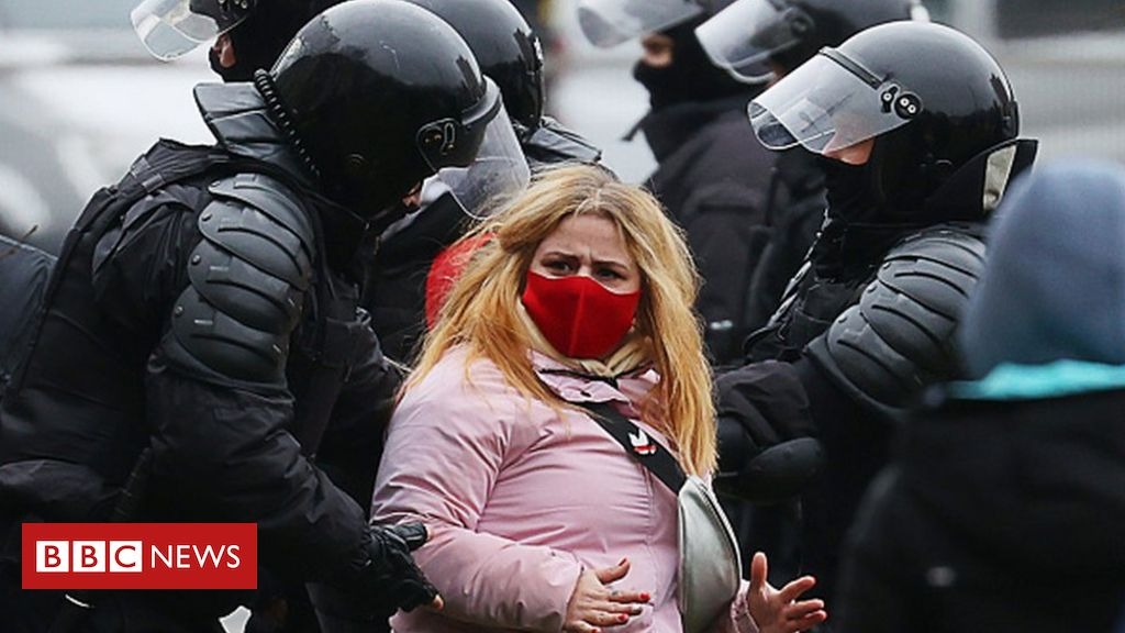 belarus:-'over-1,000-arrested'-at-latest-anti-government-protest