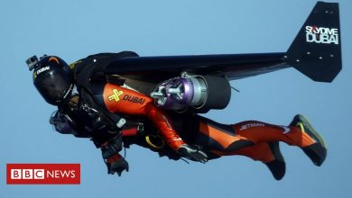 Photo of Vincent Reffet: French 'Jetman' dies in training accident