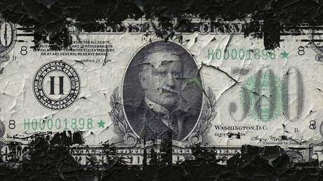 dollar-hegemony-is-coming-to-an-end,-market-analyst-tells-boom-bust