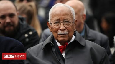 Photo of David Dinkins: New York City's first black mayor dies