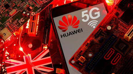 british-telecoms-may-be-fined-up-to-10-percent-of-revenues-for-using-huawei-gear