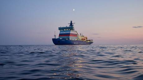 russian-nuclear-powered-icebreaker-completes-maiden-arctic-voyage-to-the-northern-sea-route