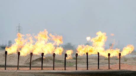 iraq-does-not-wish-to-be-exempt-from-opec+-deal-as-oil-exporters-near-to-keeping-output-curbs