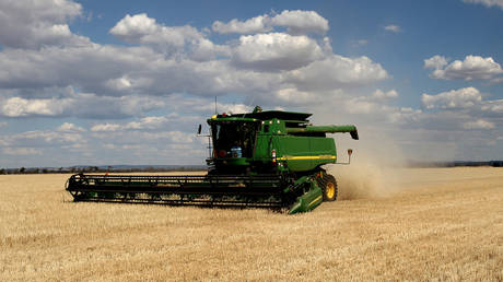 australia-vows-to-drag-china-to-wto-over-barley-tariffs-amid-mounting-trade-tensions-in-between-the-two-nations