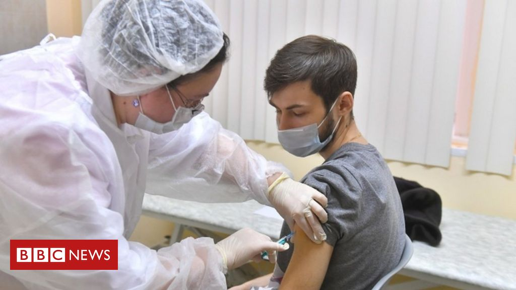 covid:-russia-begins-vaccinations-in-moscow