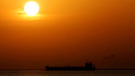 saudi-oil-exports-to-us-slump-to-35-year-low